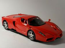 Maisto 2002-2004 Enzo Ferrari Red 1:24 Scale Diecast Model Sports Car