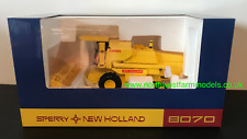 REPLICAGRI 1:32 SCALE NEW HOLLAND 8070 COMBINE HARVESTER WITH CAB