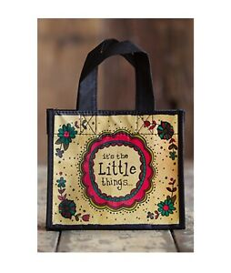 NATURAL LIFE GIFT BAG THE LITTLE THINGS 80% RECYCLED PLASTIC BOTTLES