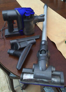 Dyson D35 Hoover With Tools and Charger In Working order