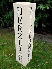 Metall Säule Herzlich Willkommen H.100cm creme/weiß Galeriesockel Ständer Schild