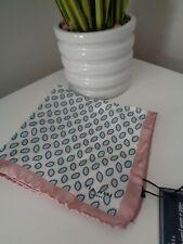 Bnwt Ted Baker Minnow Geo Print 100% silk pocket square Taschentuch Hankie