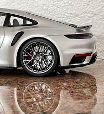 1:18 PORSCHE 911 (992) Turbo S Silber/Silver Metallic Neu mit OVP Minichamps