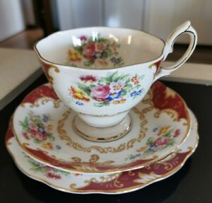 "VİNTAGE 1940s ROYAL ALBERT ""CANTERBURY"" FLORAL DESIGN TEA CUP/SAUCER/PLATE"