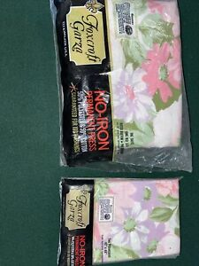 NOS Vtg Foxcroft Garza Pillowcases (2) 42x46 King Fitted Bottom Sheet Floral