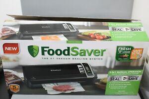 FoodSaver FM3600 Vacuum Sealing Food Preservation System - Open Box