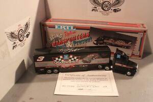 1992 Dale Earnhardt GM Goodwrench 1/64 ERTL Past & Present Transport Autographed