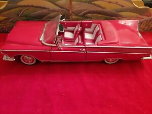 1959 BUICK ELECTRA 225 CONVERTIBLE RED 1:18 SCALE BY ROAD SIGNATURE 92598
