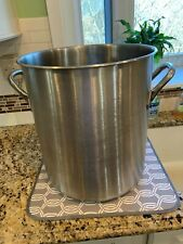 Vollrath Large Stainless Steel Stock Pot with Handles & Lid 38 1/2 Quart