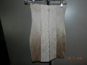 Victoria's Secret ooh LA La Beige Shape Wear butt lift Control Slip mini skirt M