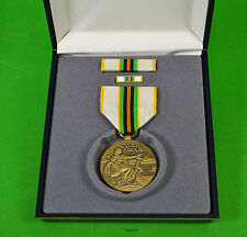 COLD WAR VICTORY MEDAL GIFT / DISPLAY  SET - FULL SIZE MEDAL, RIBBON, PIN,  CASE