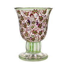 Pokal aus farblosem Glas mit Putto zwischen Weinranken, Fachschule Haida