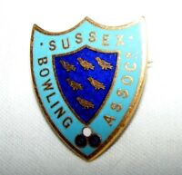 VINTAGE ENAMEL SUSSEX  BOWLING ASSOCIATION BROOCH / BADGE / PIN