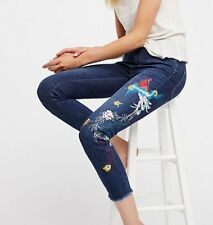 NWOT FREE PEOPLE High Rise Embroidered Bird Jean ☮ Size 28