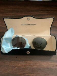 Vintage OLIVER PEOPLES OP-96 430 Clip On Sunglasses With Case