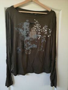 NWT MEXX 12/14 olive green T Shirt Long Sleeve Top light stretch silver leaves