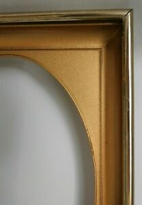 """Metal Picture Frame with Oval Gold Mat and Glass - Opening For 5"""" x 7"""" Goldtone"""
