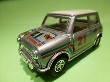 VINTAGE METAL MORRIS MINI COOPER - MAST HUMP - GREY 1:24?- RARE SELTEN -FRICTION
