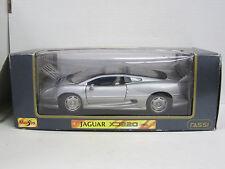 Jaguar XJ 220 (1992) in silber, OVP, Maisto, 1:18