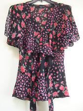 MY MICHELLE Floral Black Red Shirt Blouse Short split Sleeve Sz M /Jr MINT
