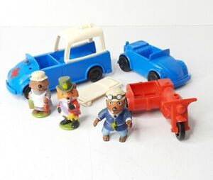 Vintage Richard Scarry Busy Town Figures Vehicles Toys Lot