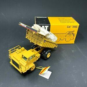 CAT Caterpillar 769c Off-Highway Dump Truck 1:50 Scale NZG - New - Vintage