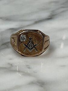 14kt Yellow and White Gold W/ Diamond Masonic Ring Sz 10
