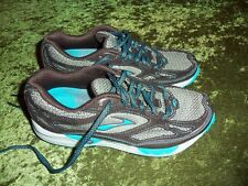 Women's Brooks Cascadia 5 running shoes sneakers size 6 MINT