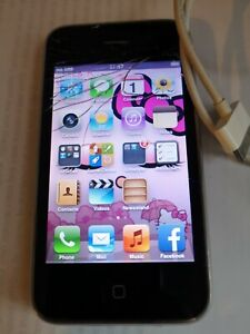 Apple iPhone 3GS - 8GB - Black (Unlocked) A1303 works cracked screen