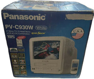 """Panasonic PV-C930W Omnivision 9"""" Color TV VCR VHS Player FM Retro Gaming TESTED"""