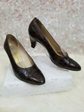 Salvatore ferragamo heels SIZE 7 B