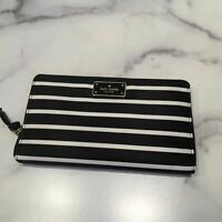 Kate Spade Kaden Wilson Road French Stripe Nylon Zip Around  Wallet WLRU5207