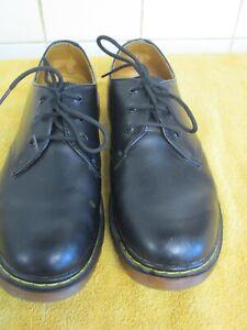 Mens Dr Martin Flat Shoes Size 10 Black