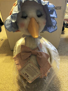 World of Wonders Talking Mother Goose Cassette Player W/Tape / TESTED & WORKING!