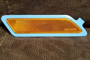 BMW F30/F31 3-Series Sedan/Touring Front Right Reflector Amber OEM