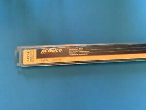 Wiper Blade  ACDelco Professional  8-2224  /. GM 89001017