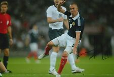 SCOTLAND HAND SIGNED KENNY MILLER 12X8 PHOTO PROOF.
