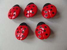 5 x rosso & nero COCCINELLA pulsanti ~ 55L (circa 34mm x 28mm) ~ Craft / MODA