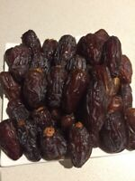 11 LBS - Medjool Dates , California Grown.  Naturally Grown.  Sweet And Juices.