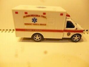 Susquehanna Township Pennsylvania   EMS  Emergency Ambulance Vehicle 1:43
