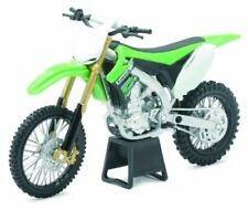 Modellini statici di moto e quad Kawasaki Kx 450F in plastica Scala 1:12
