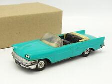 Norev SB 1/43 - Chrysler New Yorker Bleue
