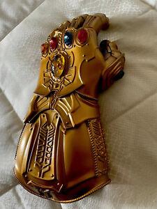 Thanos Guanto Dell'infinito Avengers Endgame Gemme Dell'infinito Con Led