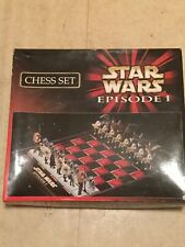 Star Wars Episode 1 chess set . Realistic character pieces.