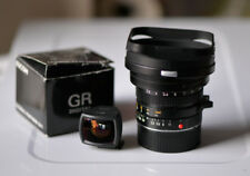 Leica Elmarit-M 21 mm f2.8 + Ricoh 21 mm Viseur