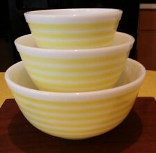 HTF Vintage Pyrex Yellow  Stripes Mixing Bowl Set Excellent Condition