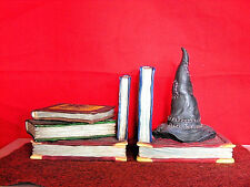 ENESCO 2000 823260 HARRY POTTER WIZARD BOOKS, SORTING HAT BOOKENDS