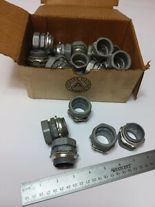 """Box of (25)  APPLETON 96T100 COMPRESSION EMT THINWALL CONNECTOR 1""""  (NEW)"""