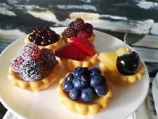 Wasserfest Kleine Petit Fours Törtchen Macarons Makronen Muffin Cupcake Deko