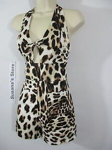 NWT BEBE PRINT TIE FRONT HALTER ROMPER SIZE XXS  Revealing the hint of sexiness